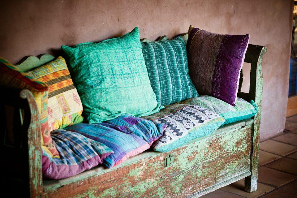 second hand pillows Second Hand Beds