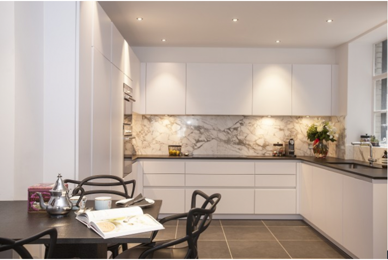 Kitchen Wall Tiles With Black Worktop